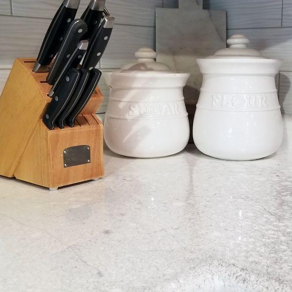 Non-Yellowing White Platinum Countertops